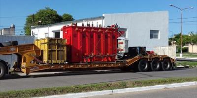 """La DPEC recibe el transformador de 20 MVA para la ET de 33/13,2 kV y Centro de Distribución Nº 24 """"1.000 Viviendas"""""""